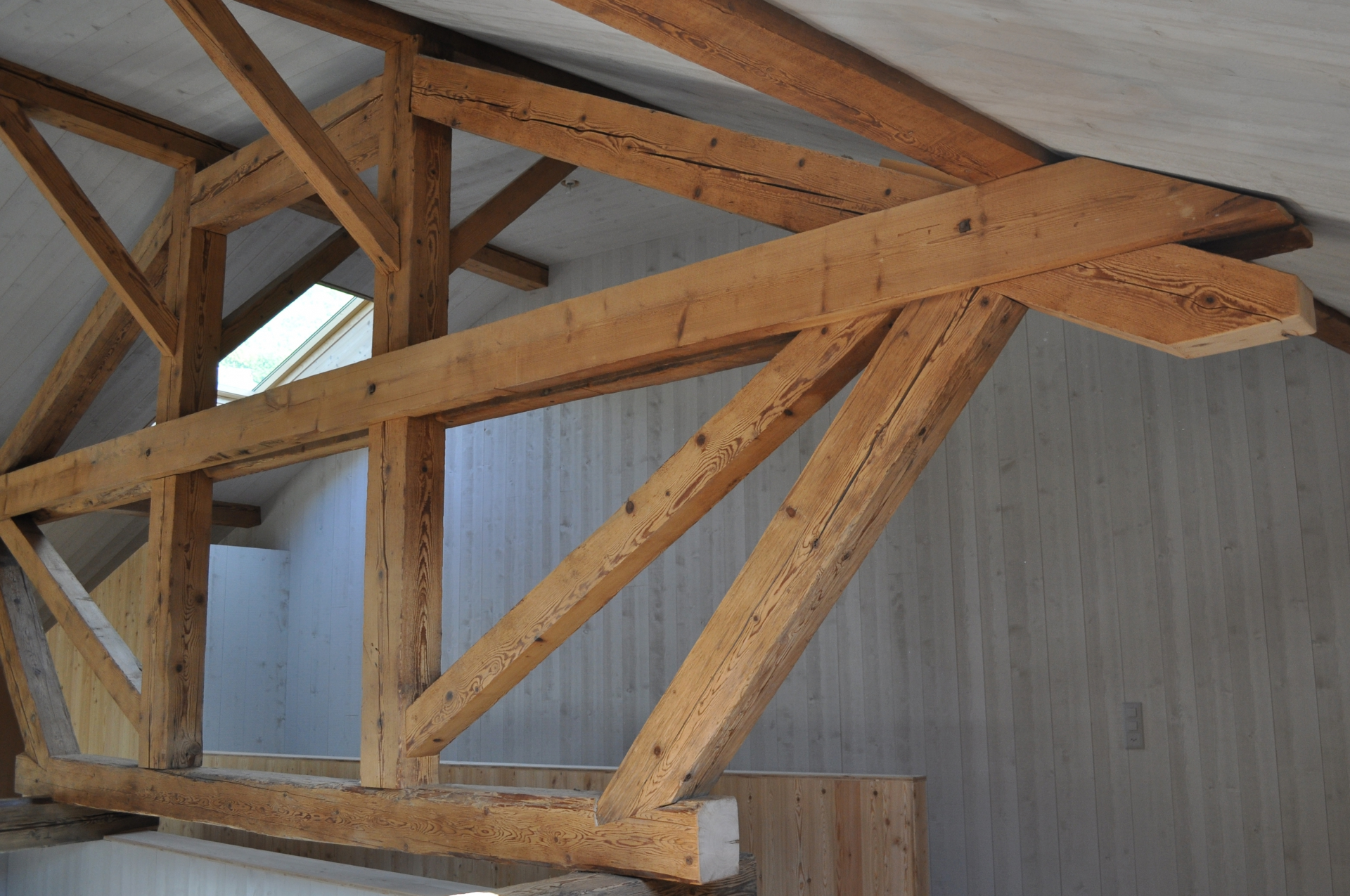 renovation dm bois la maitrise du bois charpente menuiserie valais. Black Bedroom Furniture Sets. Home Design Ideas